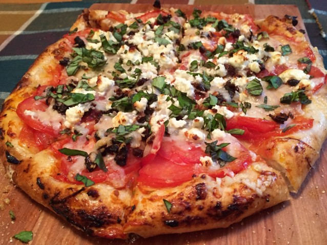Ravenview Recipes – Tomato Basil Pizza
