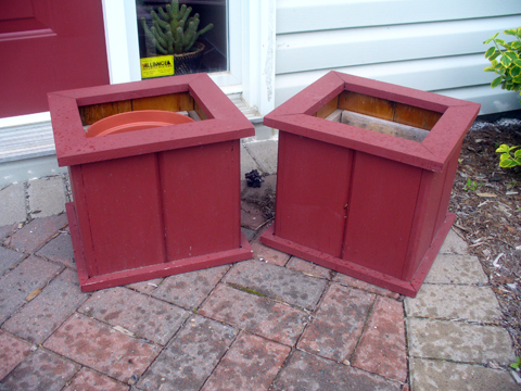 Two smaller planters