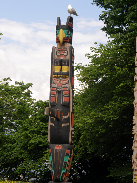 The Oscar Maltipi Pole Of Totem Park
