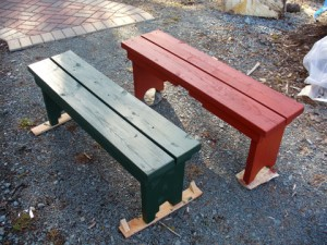 Simple Garden Benches Add Accent