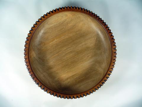 Peyoke Bowl With A Notched Rim