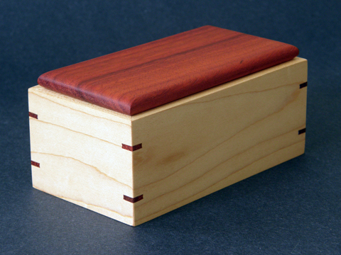 A Maple And Padauk Box With Splines - Ravenview