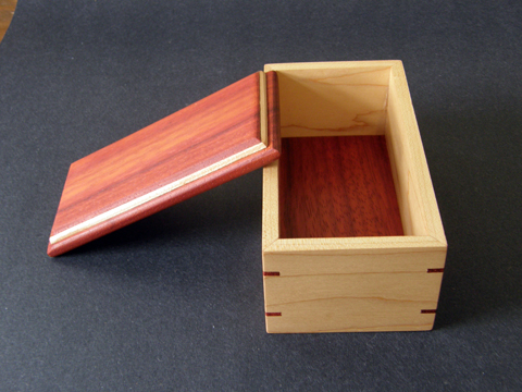 A Maple And Padauk Box With Splines