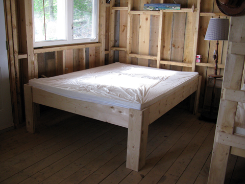 camp beds and cots