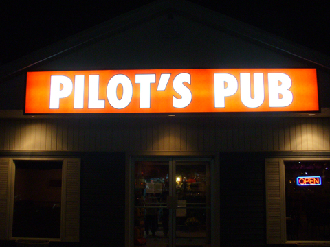 Local Geocachers Meet At Pilot's Pub