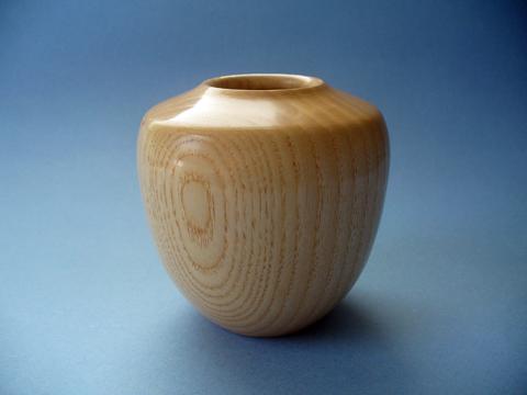 Ash Vase