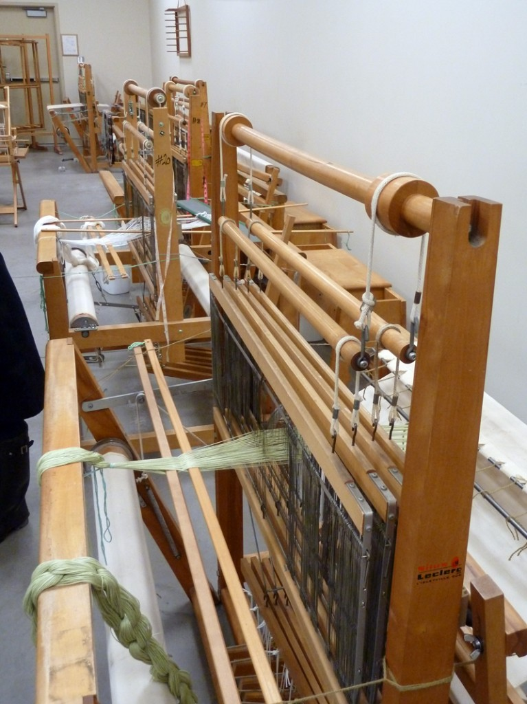 NSCCD weaving looms