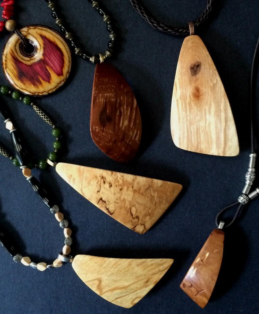 pretty pleasing pendants