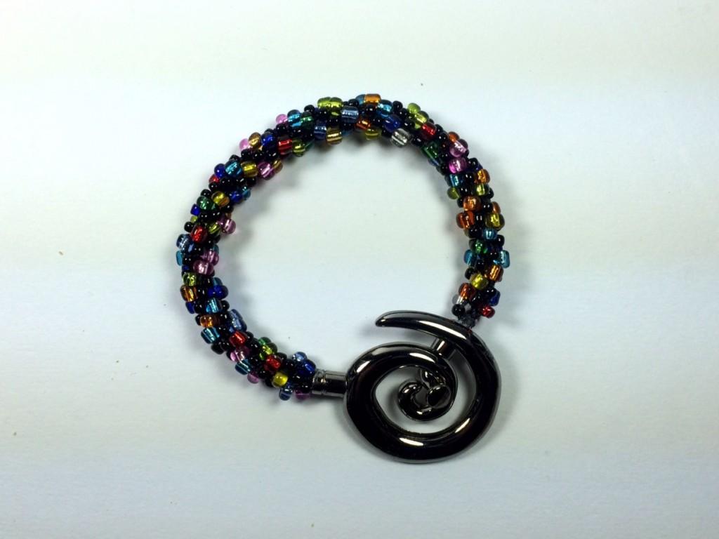 handmade jewelry looks well with denim