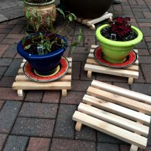 cedar plant pot stands