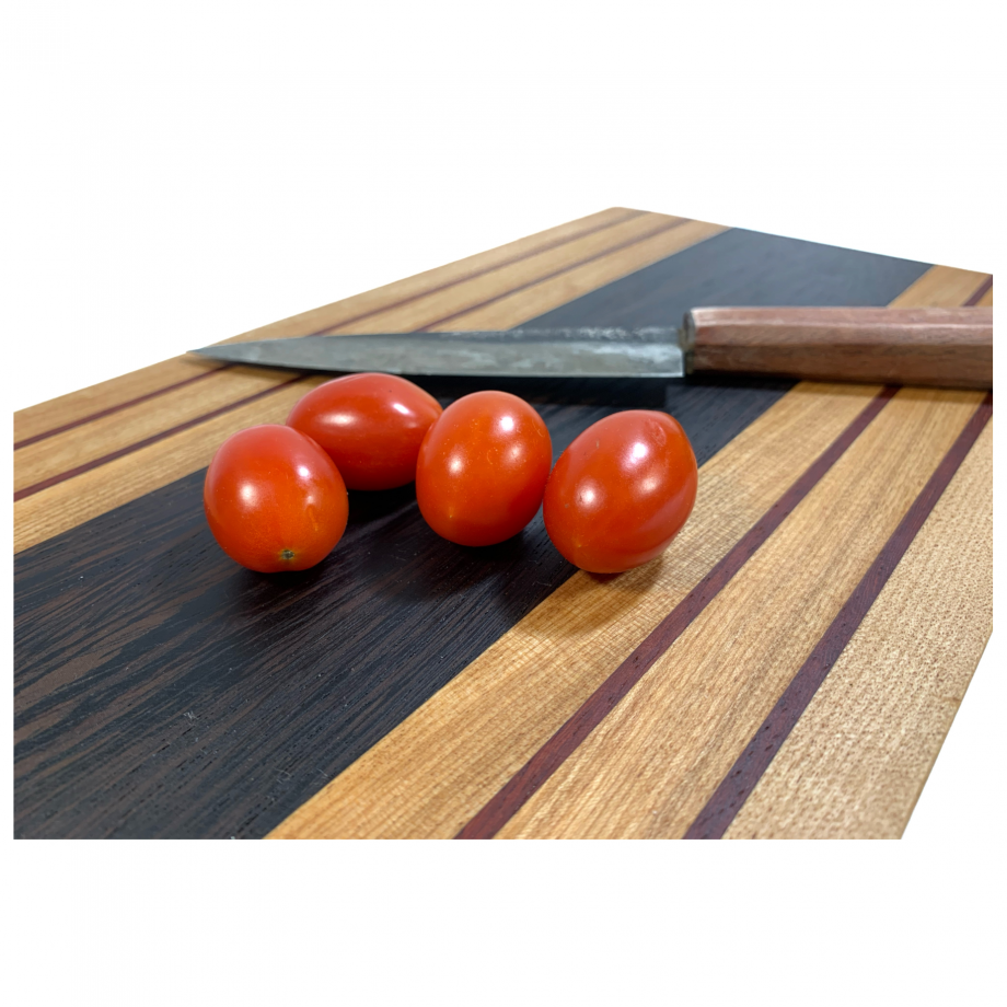 https://ravenview.com/wp-content/uploads/2021/03/Cutting-Board-2-4.png