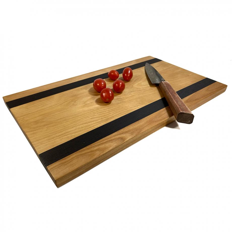 https://ravenview.com/wp-content/uploads/2021/03/Cutting-Board-3-3.png