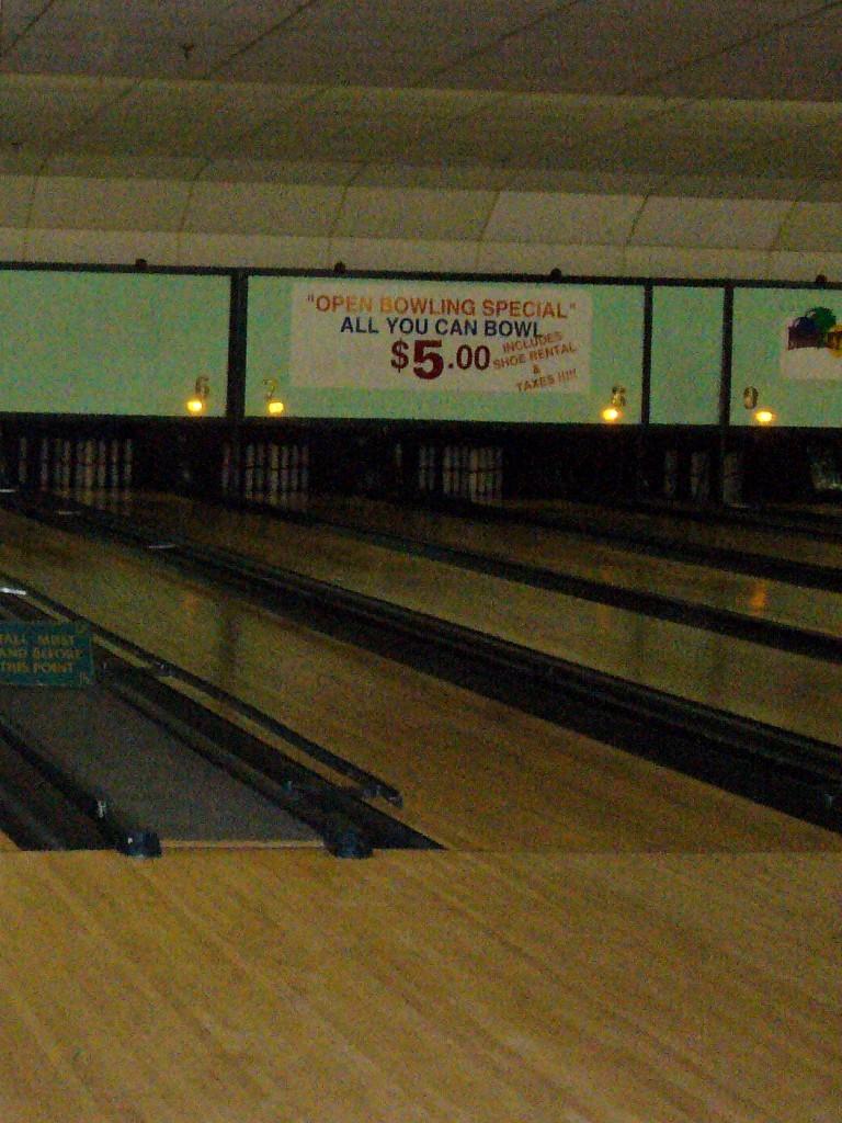 beazley's bowling lanes